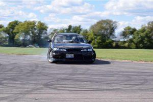 Czubek drifts on an open road.